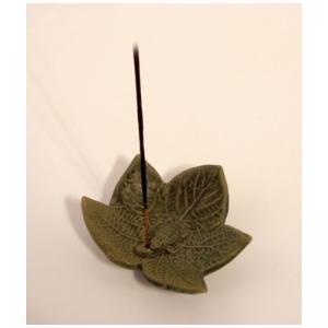 Räucherstäbchenhalter, Ton, Ahornblatt grün RSH12